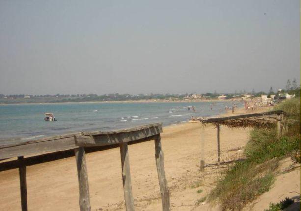 B b il giardinetto villa al mare for B b budoni al mare